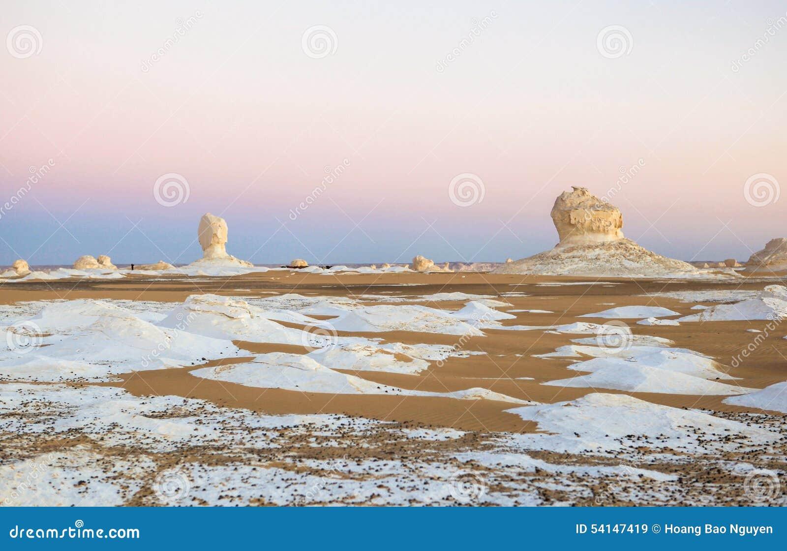 Sonnenaufgang an der weißen Wüste, Ägypten