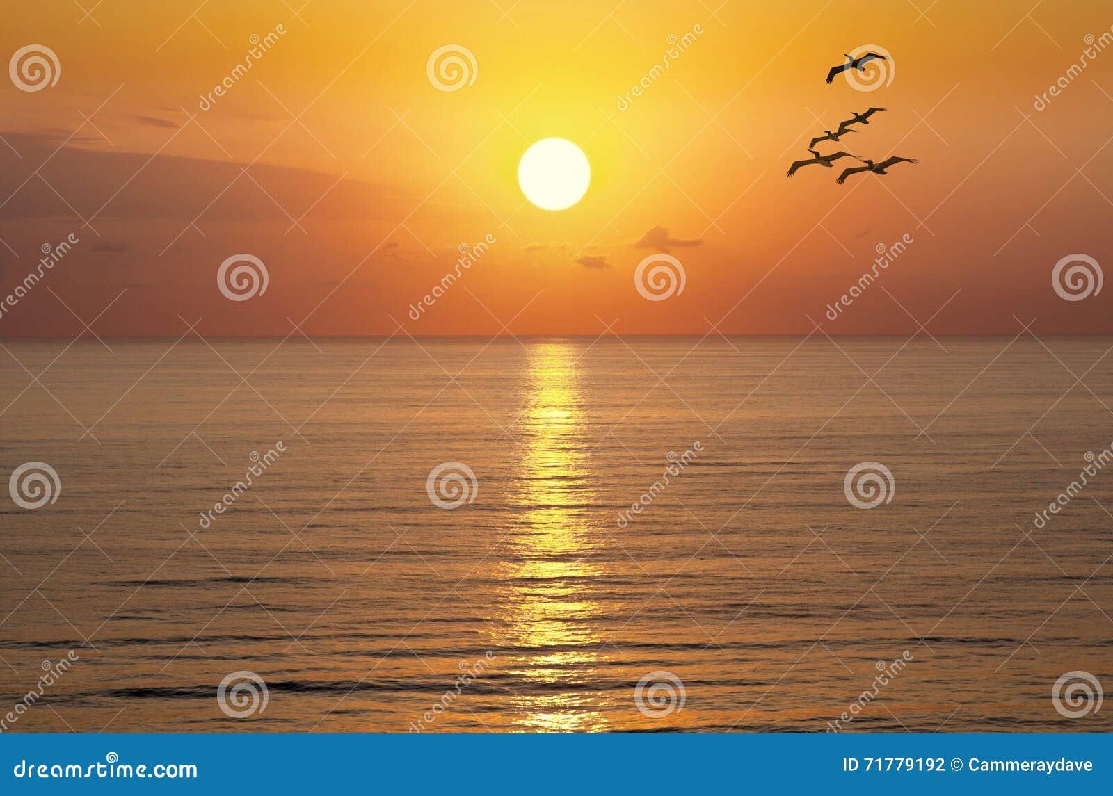 Sonnenaufgang-Sonnenuntergang Sun-Ozean