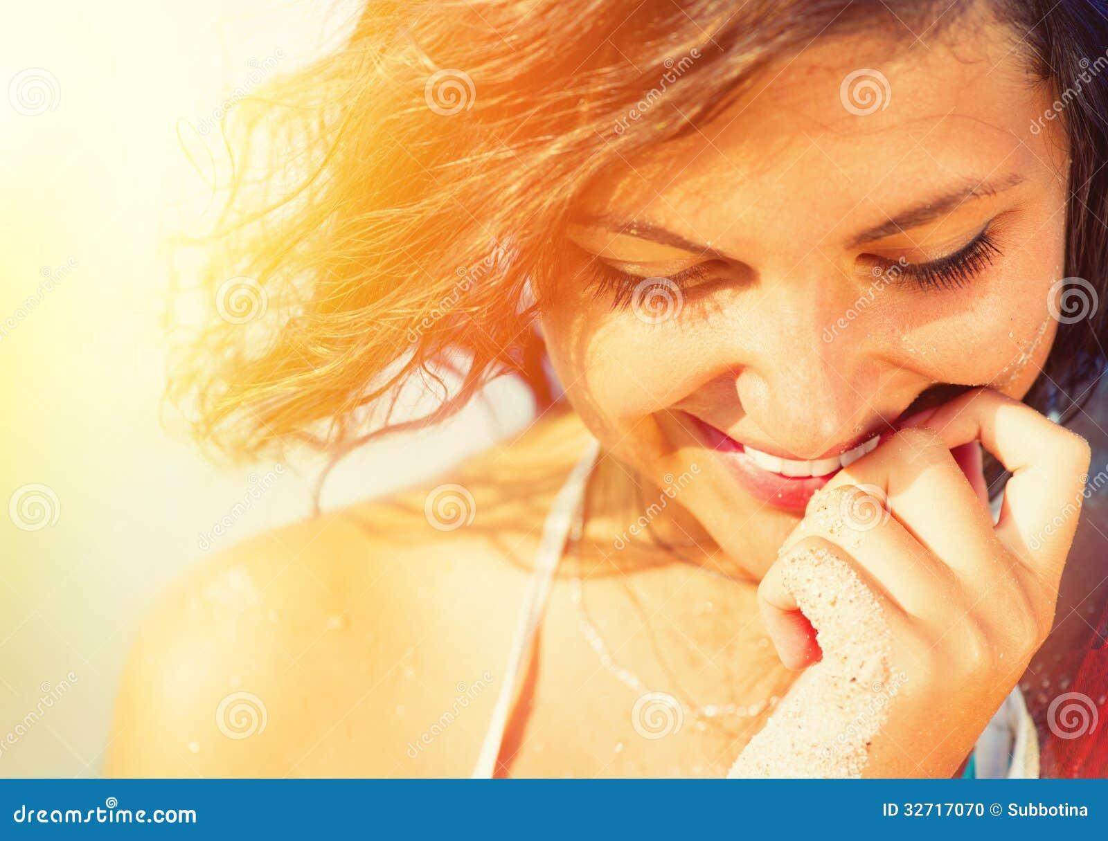 Sonnenschein-sexy Mädchen-Porträt