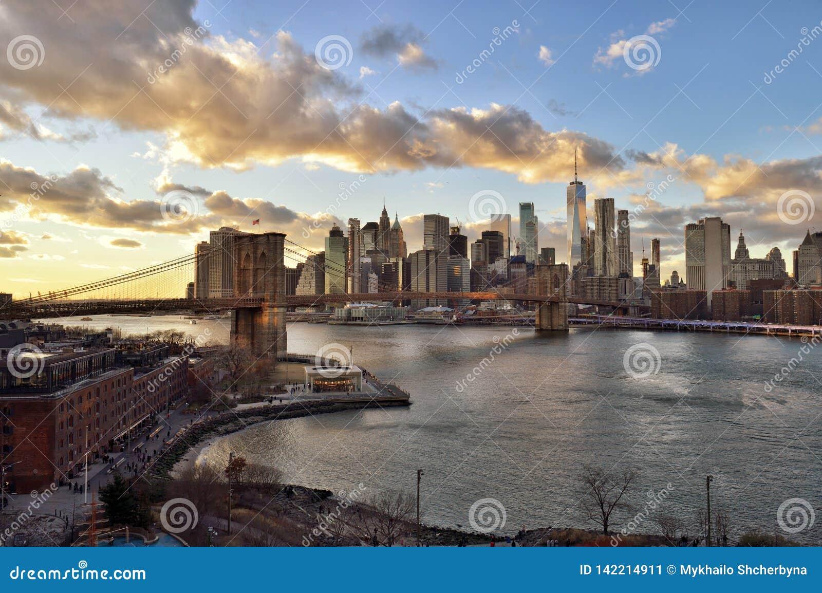 Sonnenuntergang über einem Manhattan
