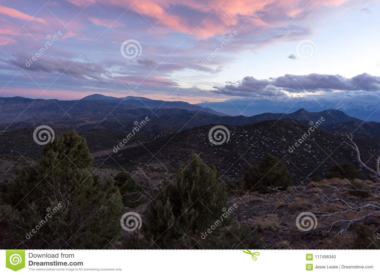Sonnenuntergang über Sierra Nevada