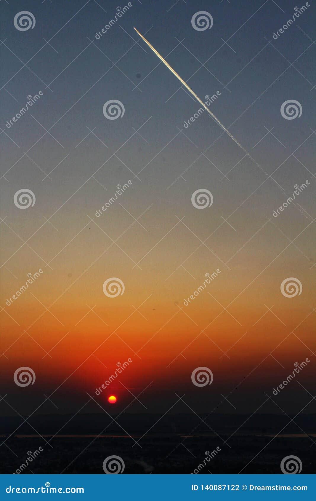 Sonnenuntergang auf Mandalay-Hügel