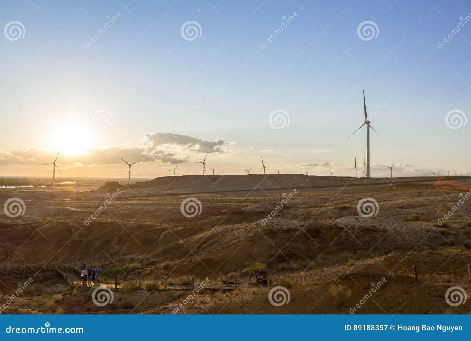 Sonnenuntergang bei Beitun in Xinjiang, China