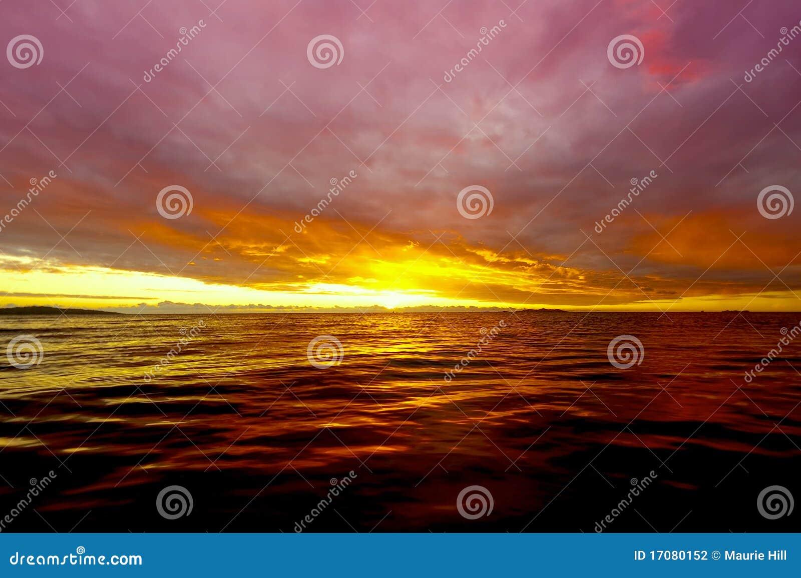 Sonnenuntergang bei Fidschi
