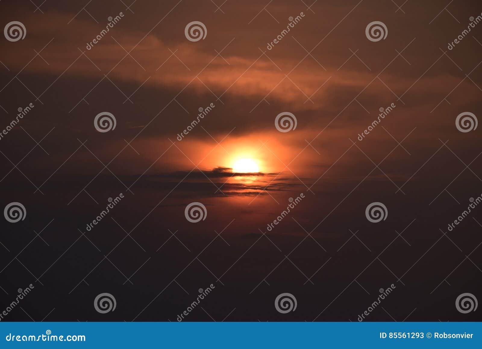 Sonnenuntergang in der Küste von Thailand