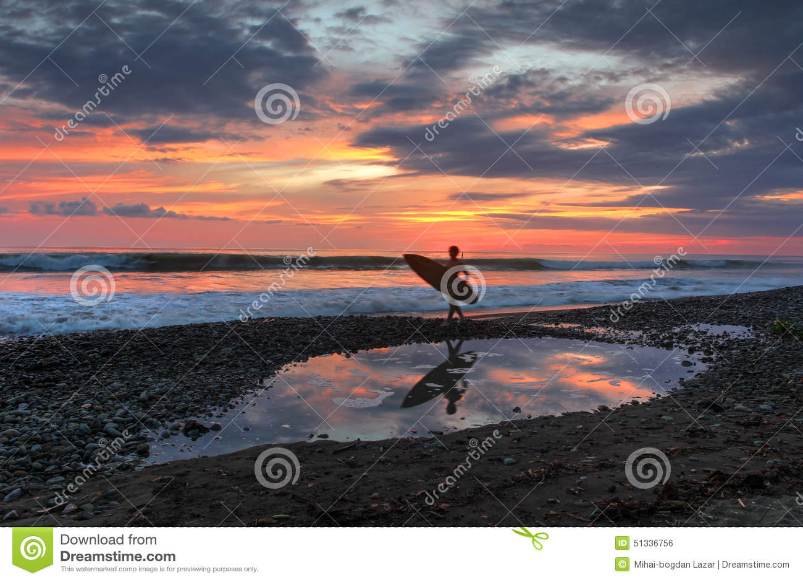 Sonnenuntergang am Dominical Strand, Costa Rica