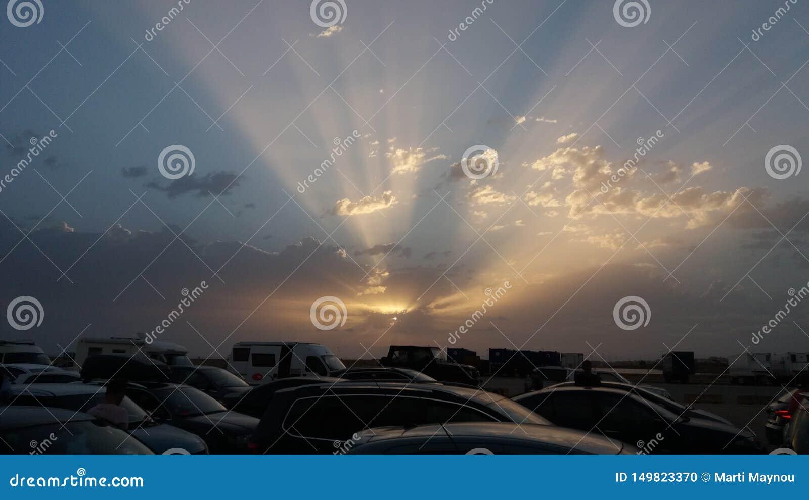 Sonnenuntergang im Parken