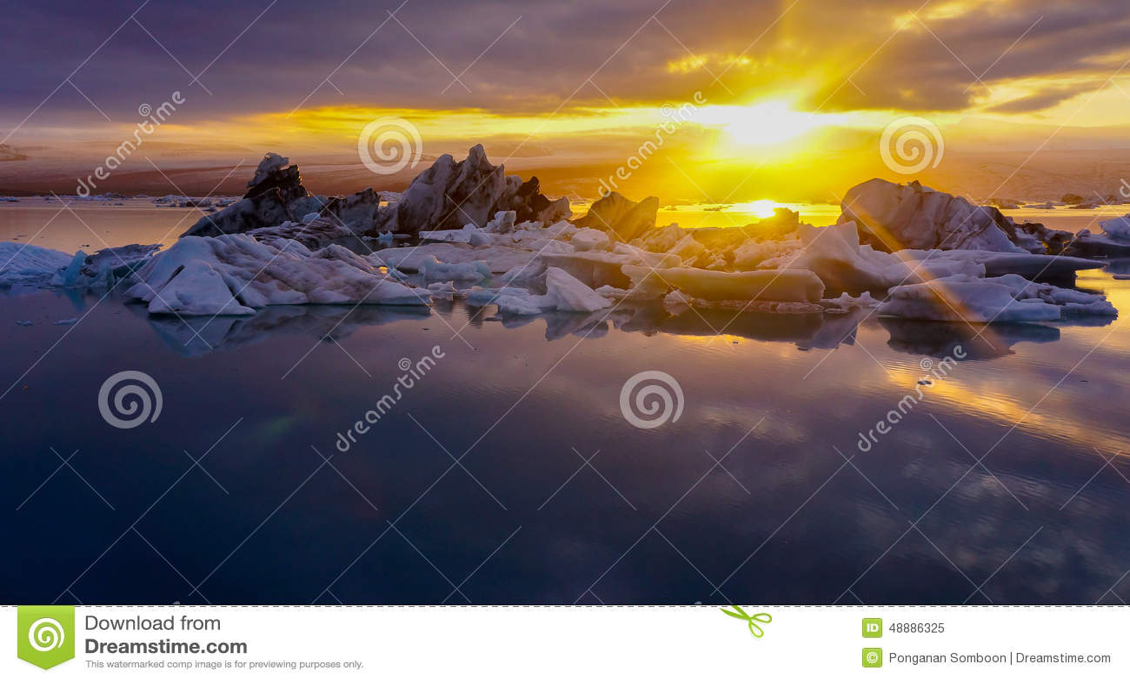 Sonnenuntergang um Mitternacht, Gletscher-Lagune, Island