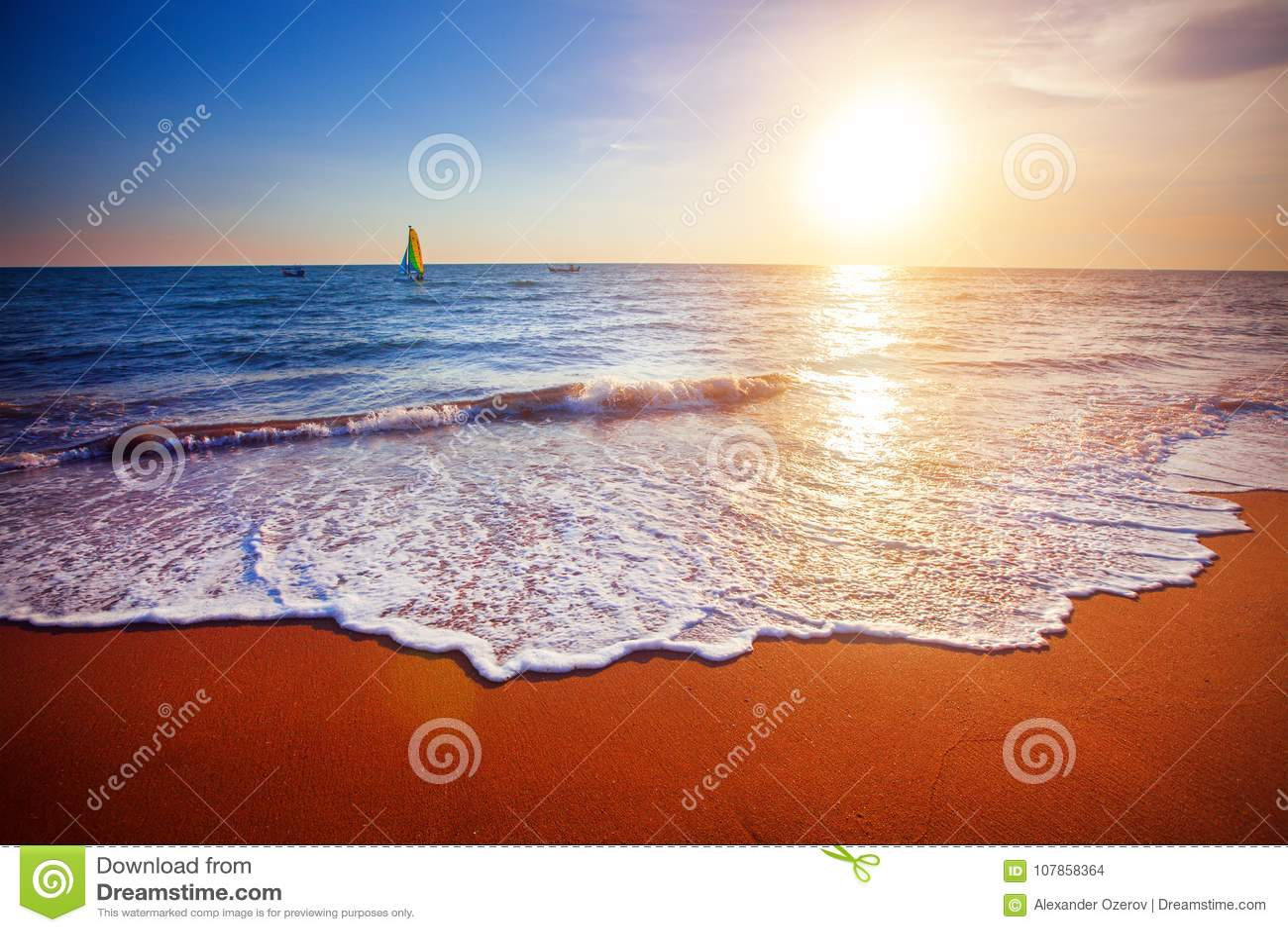 Sonnenuntergang und Meer