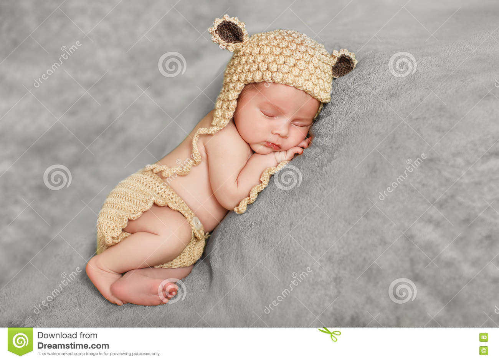 Sono calmo de um bebê recém-nascido
