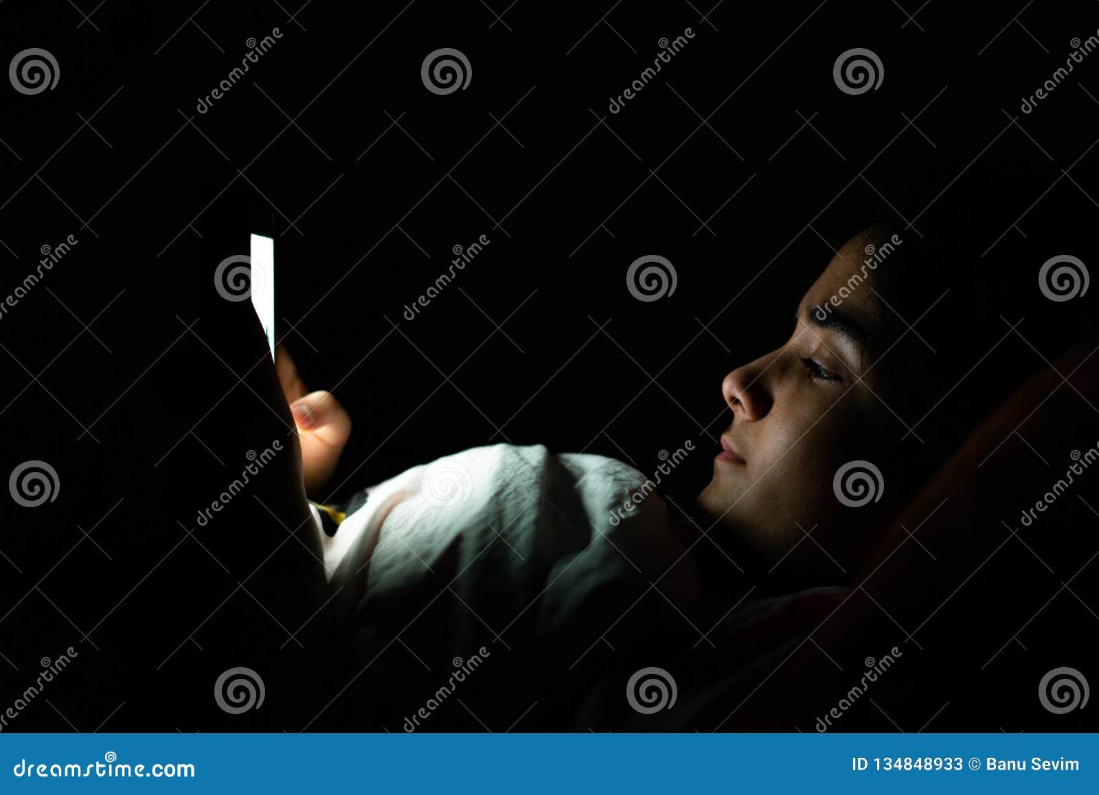 Sono, sleeplessness e telefones celulares