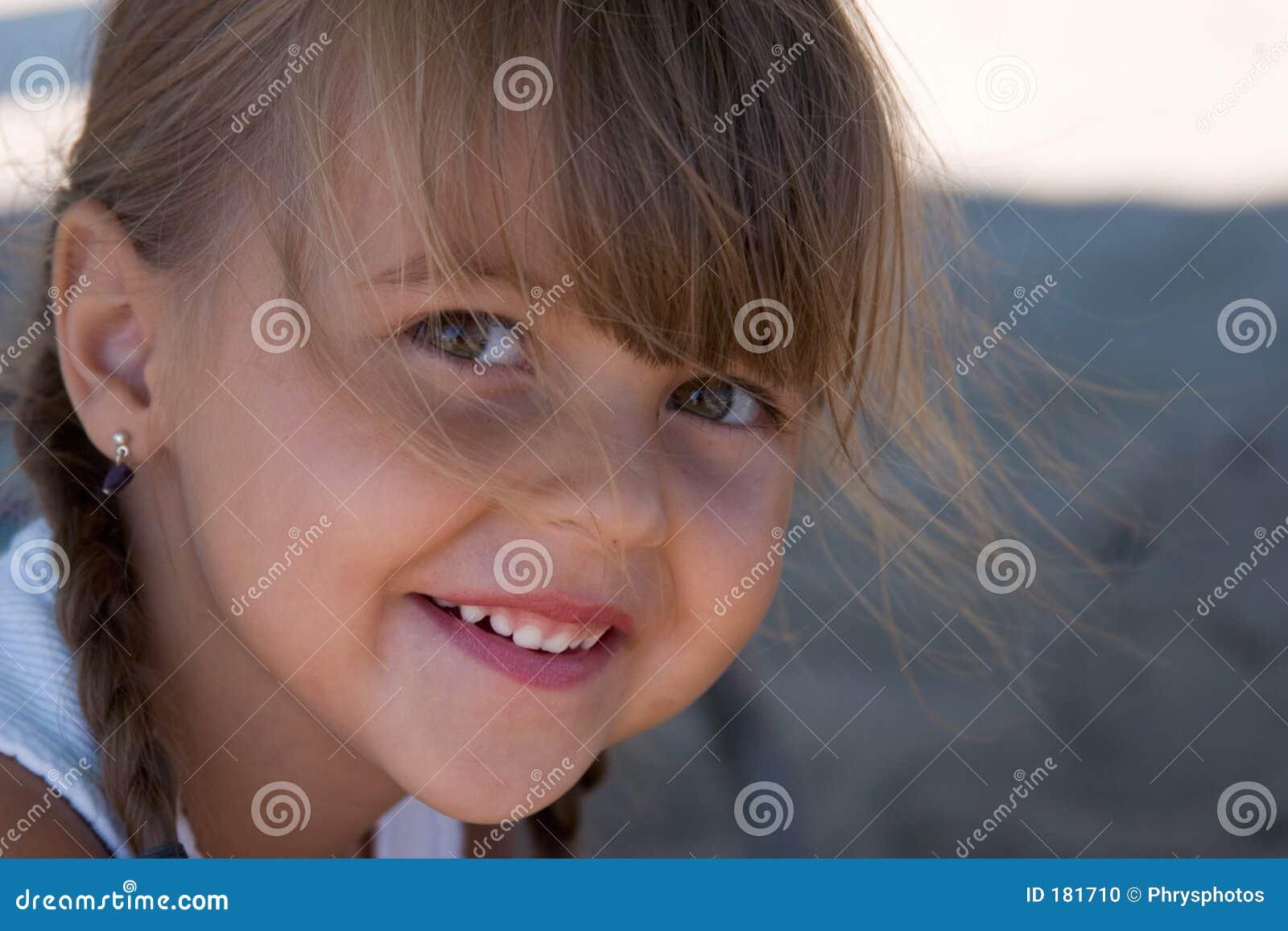 Sonrisa bonita de Hannah