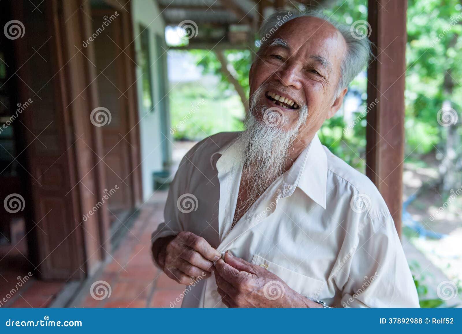 Sonrisa de 89 años del vietnamita
