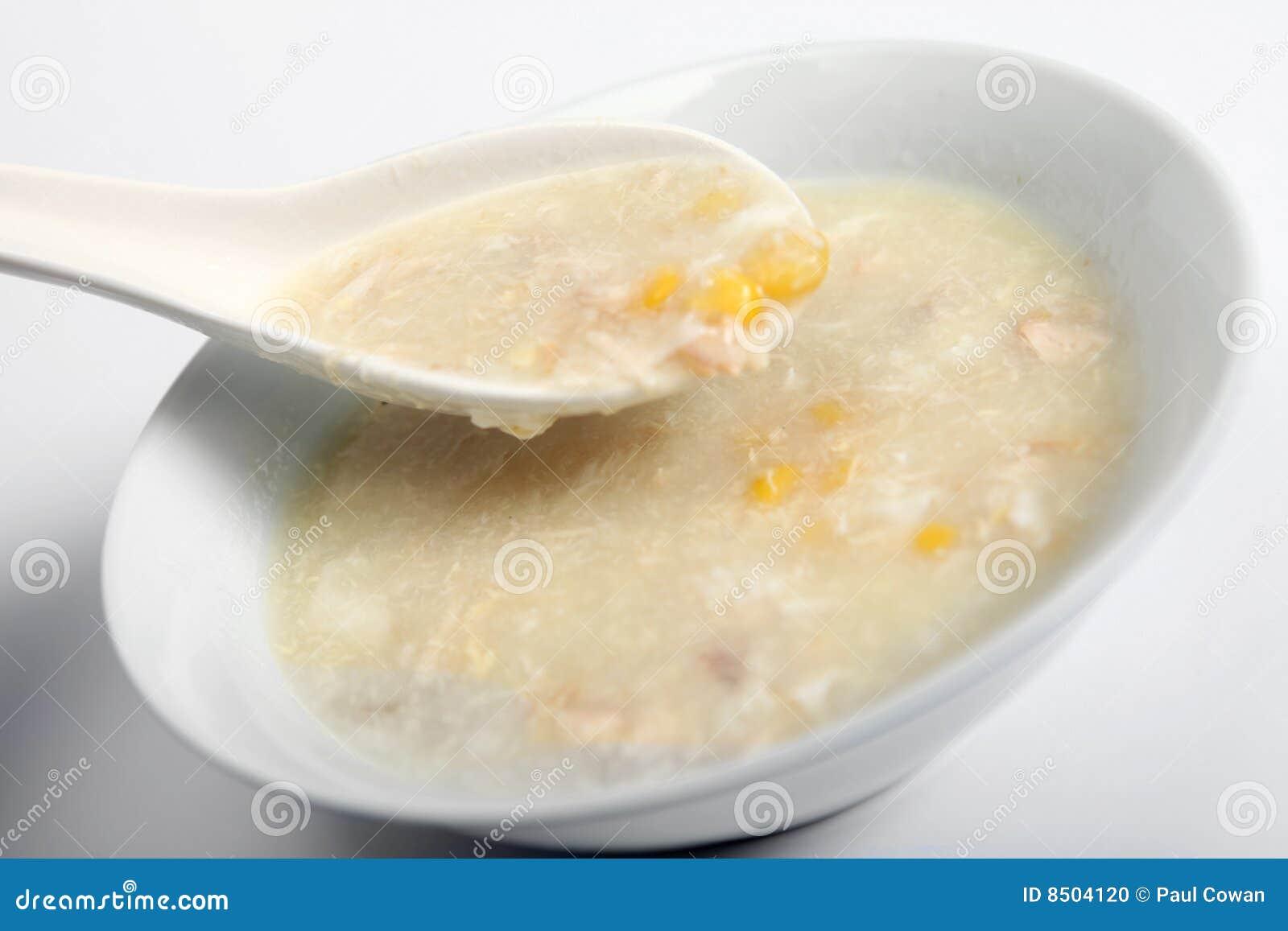 Sopa da galinha e do sweetcorn