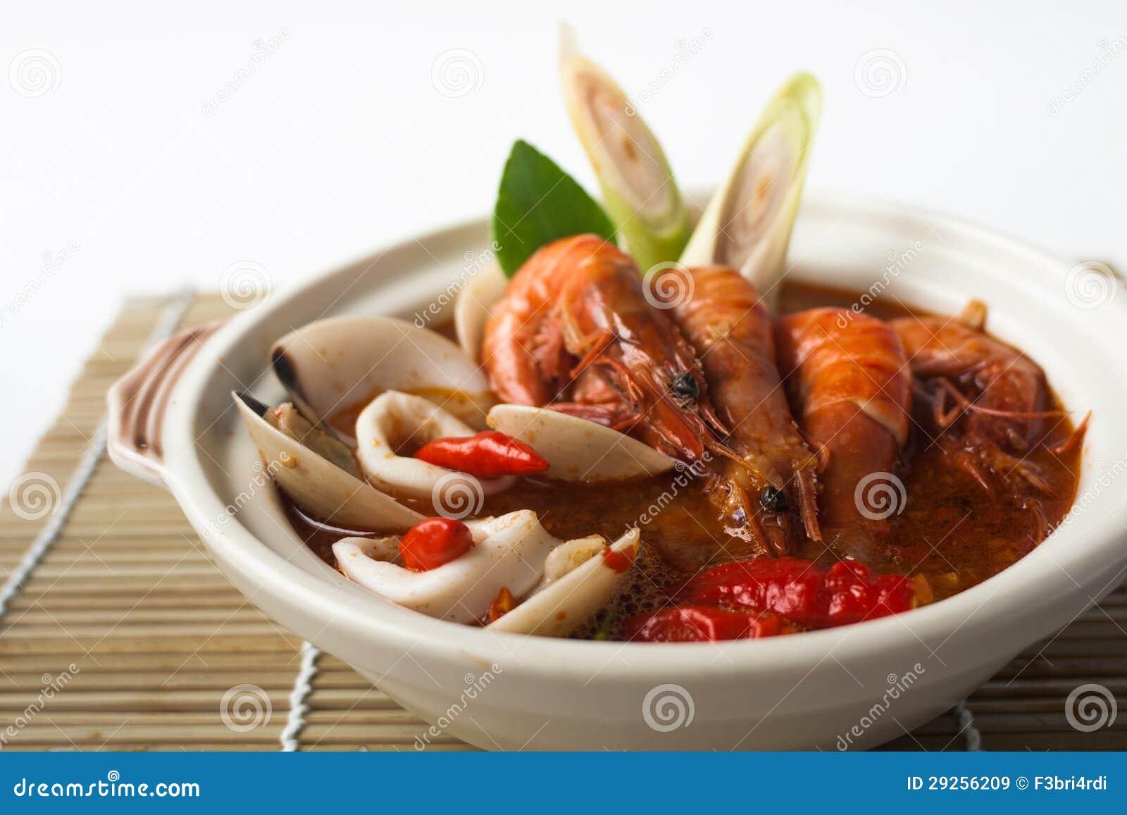 Sopa do marisco de Tom yum