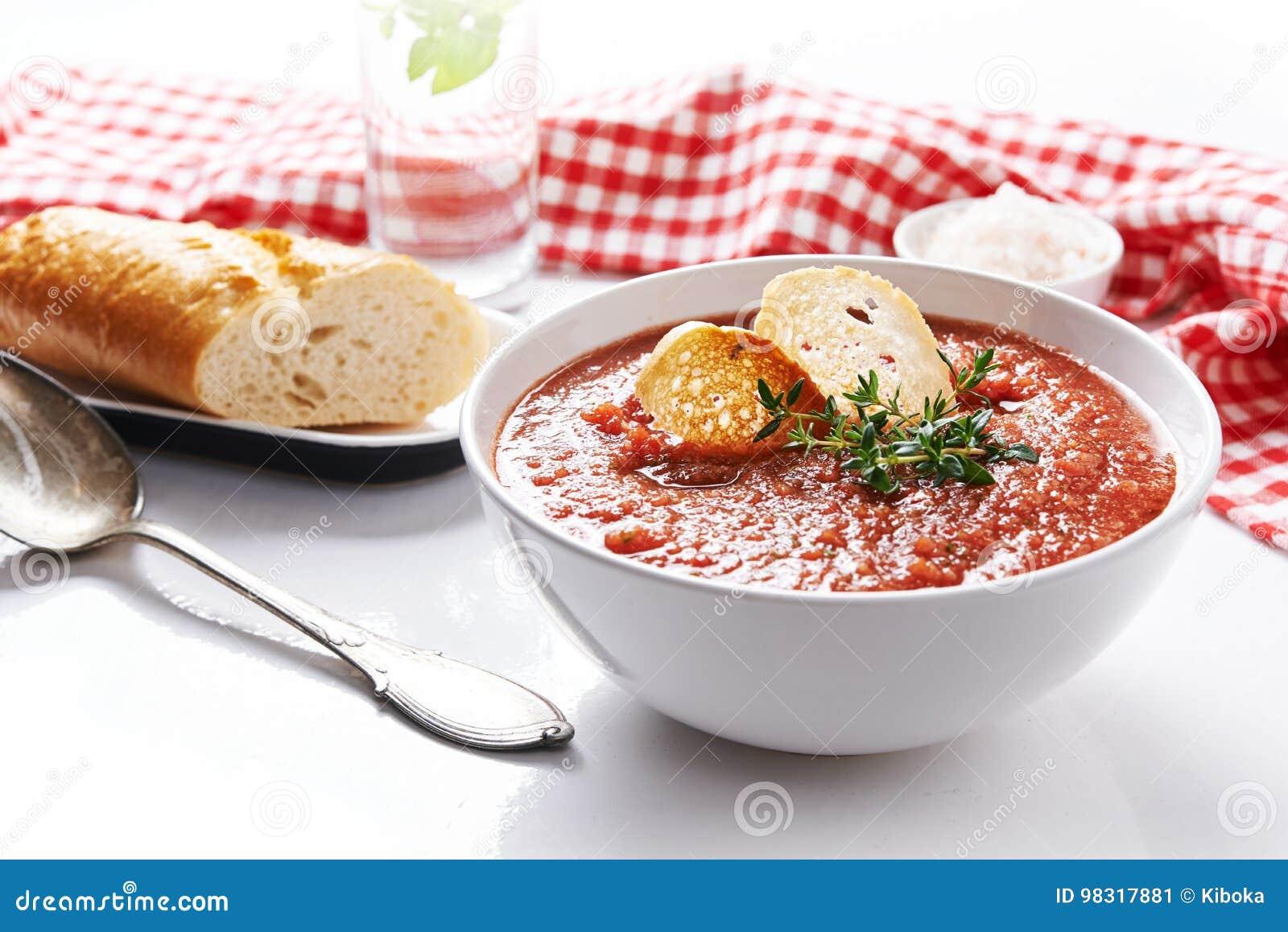 Sopa do tomate do verão