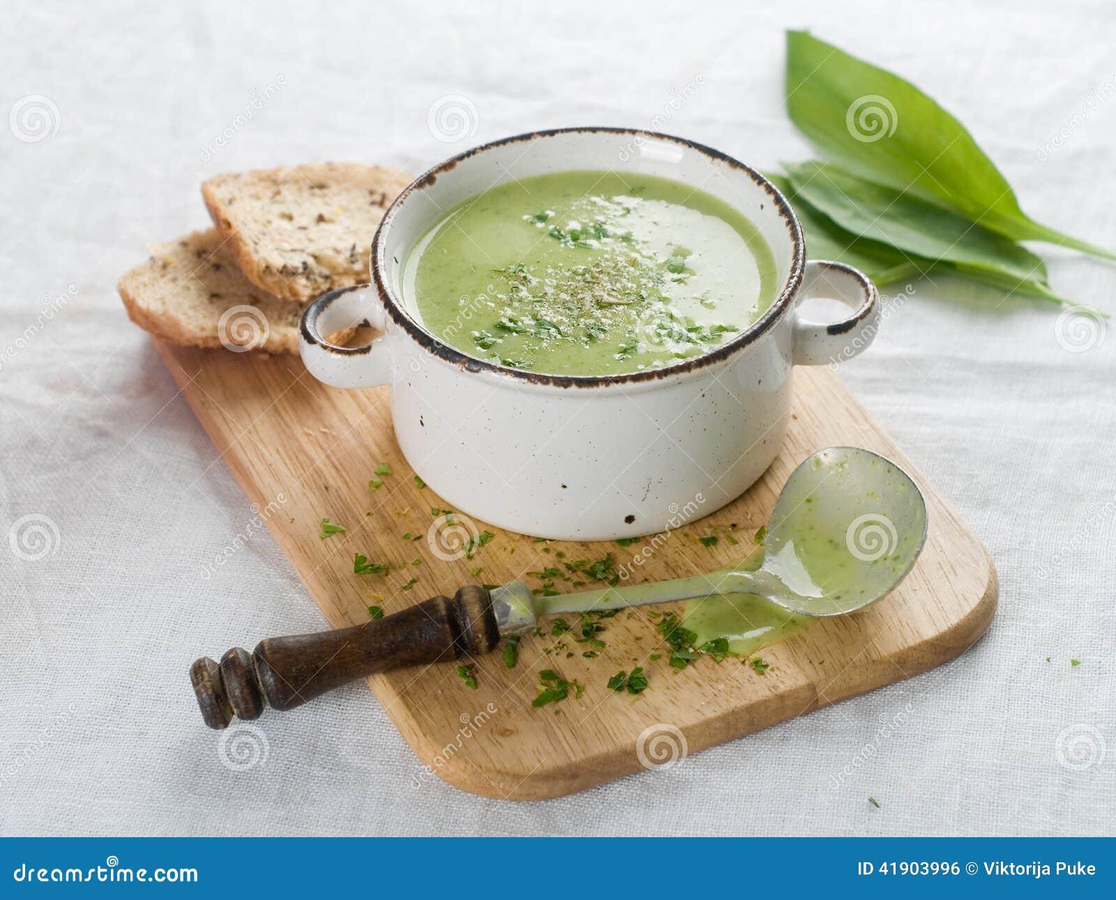 Sopa vegetal gruesa