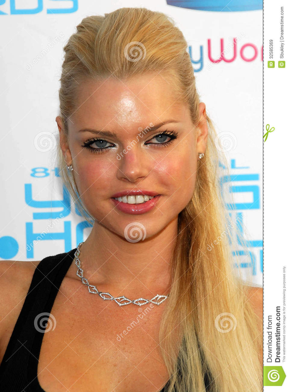 Sophie Monk at Movieline's Hollywood Life 8th Annual Young Hollywood ...