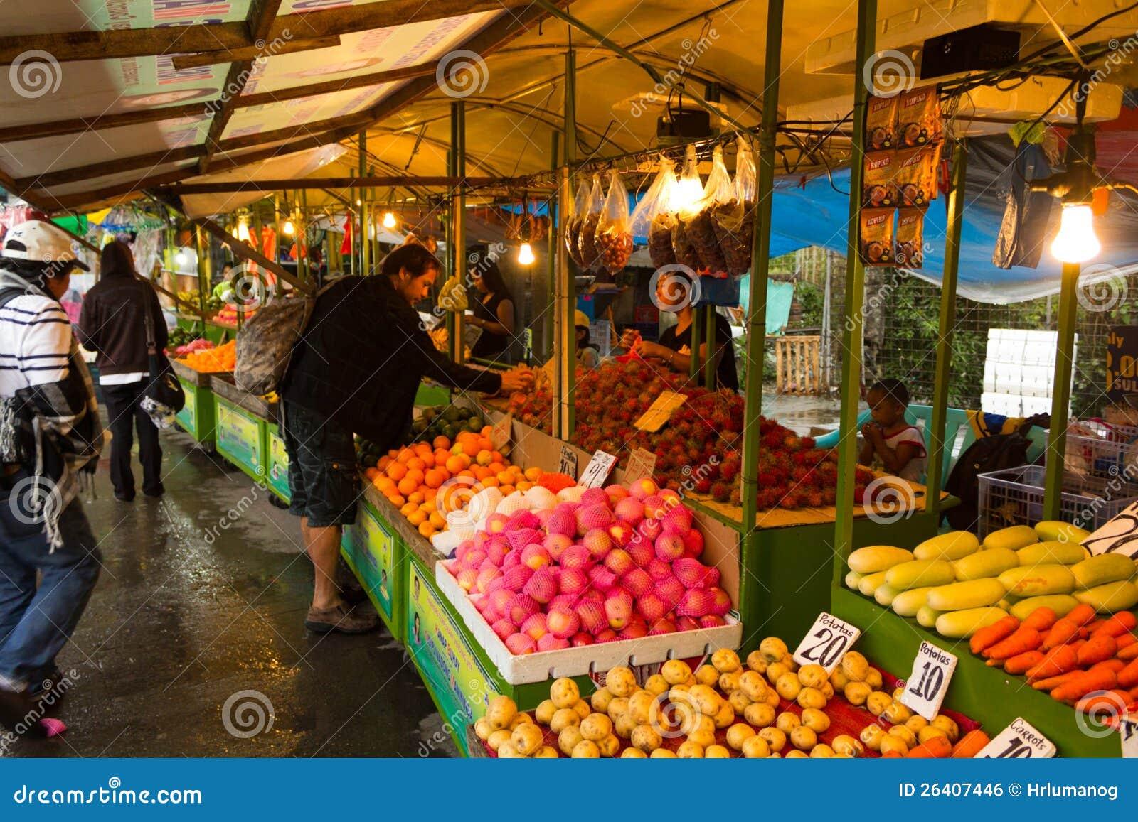 Soporte de fruta asiático de la calle