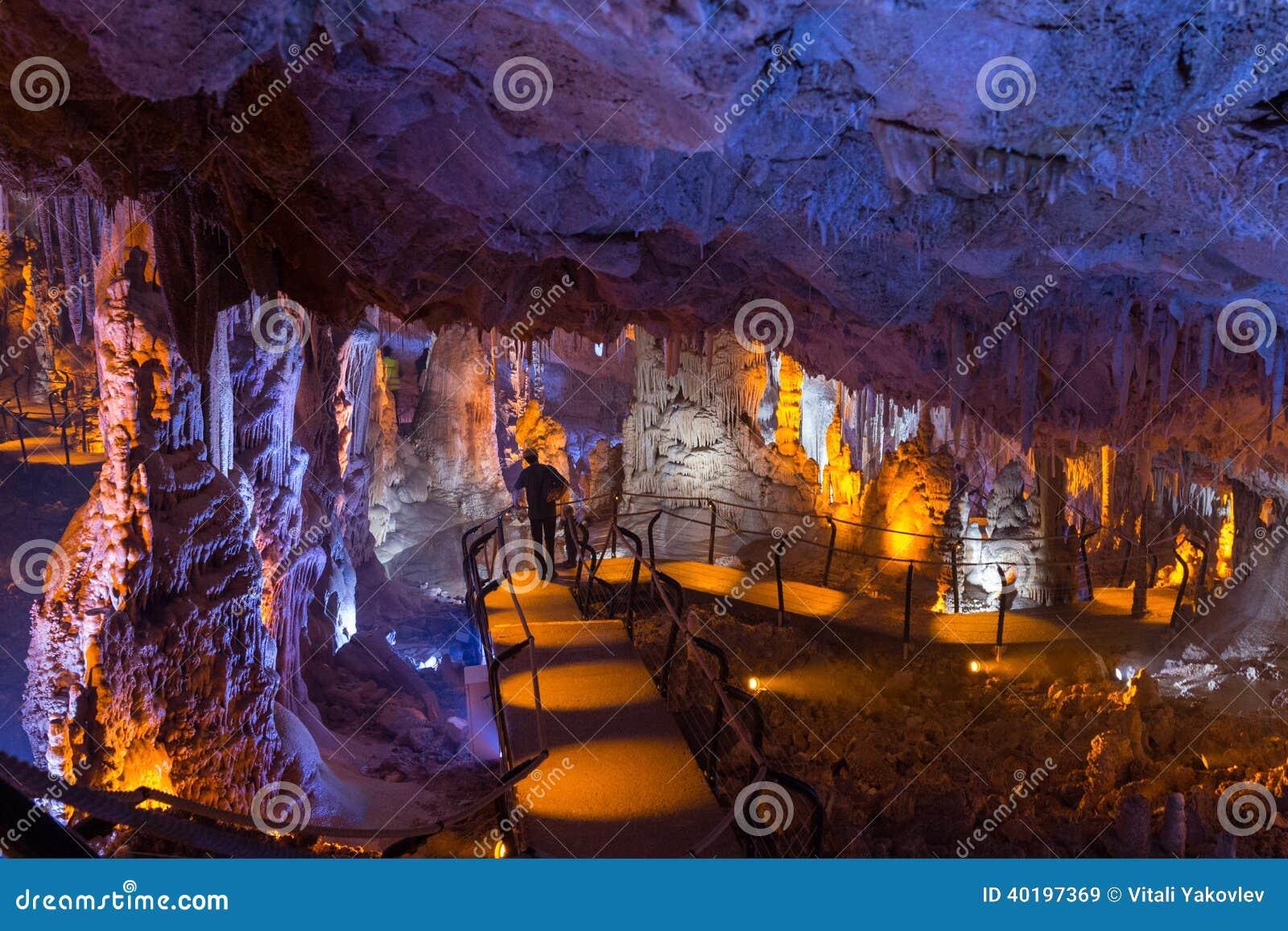 Soreqhol. Het hol van de stalactietstalagmiet. Israël