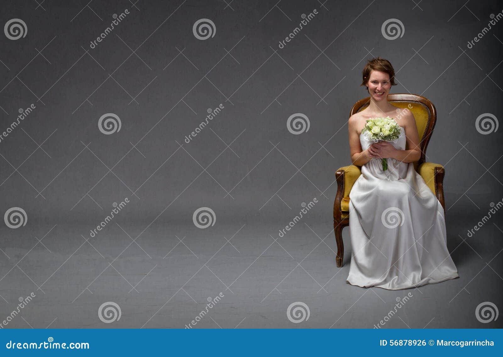 Sorridere felice della sposa