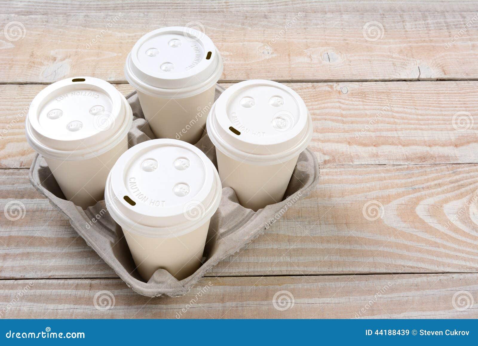 Sortez les tasses de café