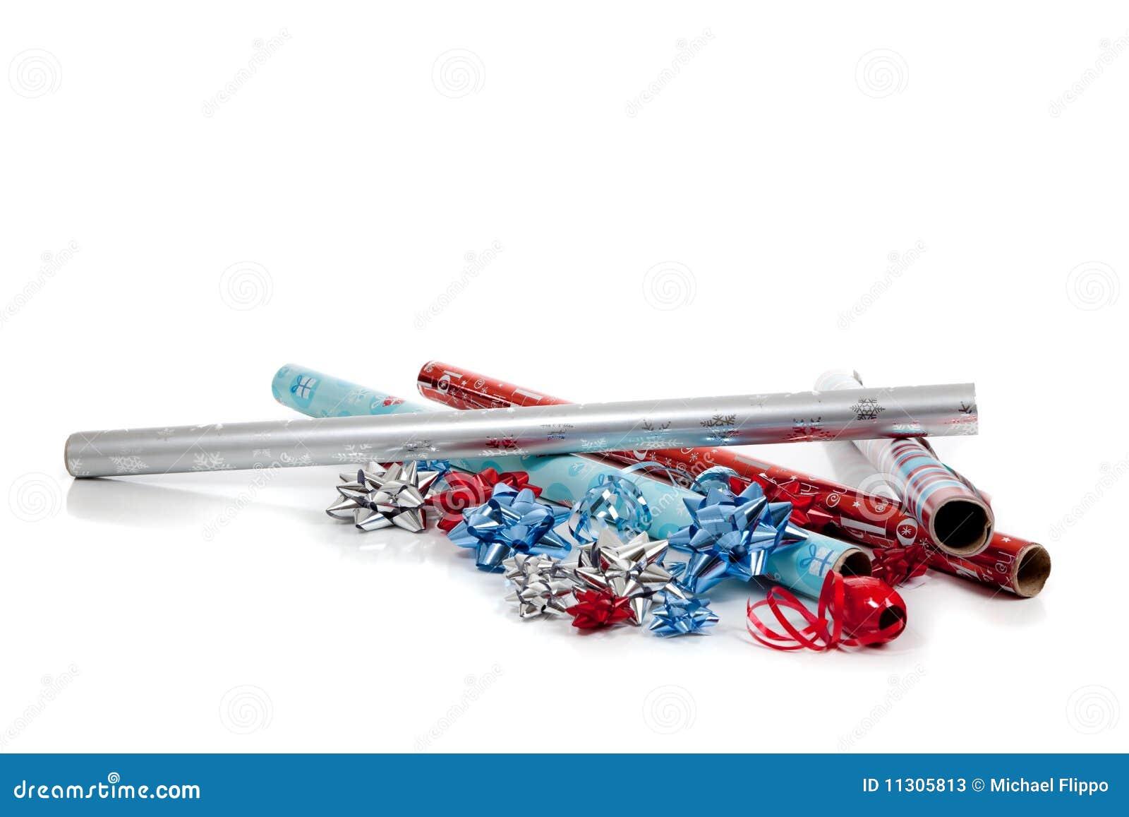 Sortiertes Weihnachtsverpackungspapier und -farbbänder
