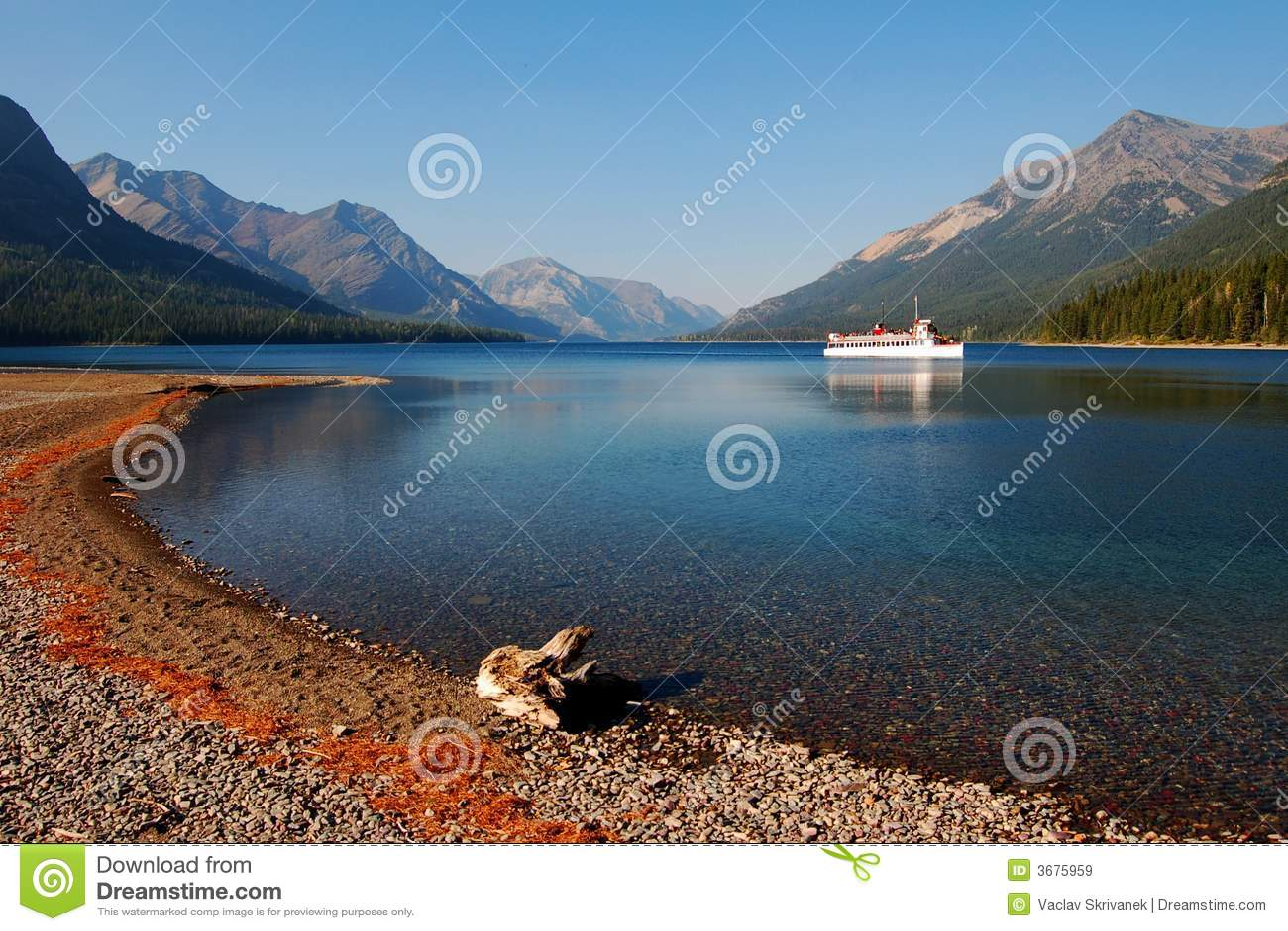 Download Sosta Provinciale Del Lago Waterton Immagine Stock - Immagine di nave, unito: 3675959