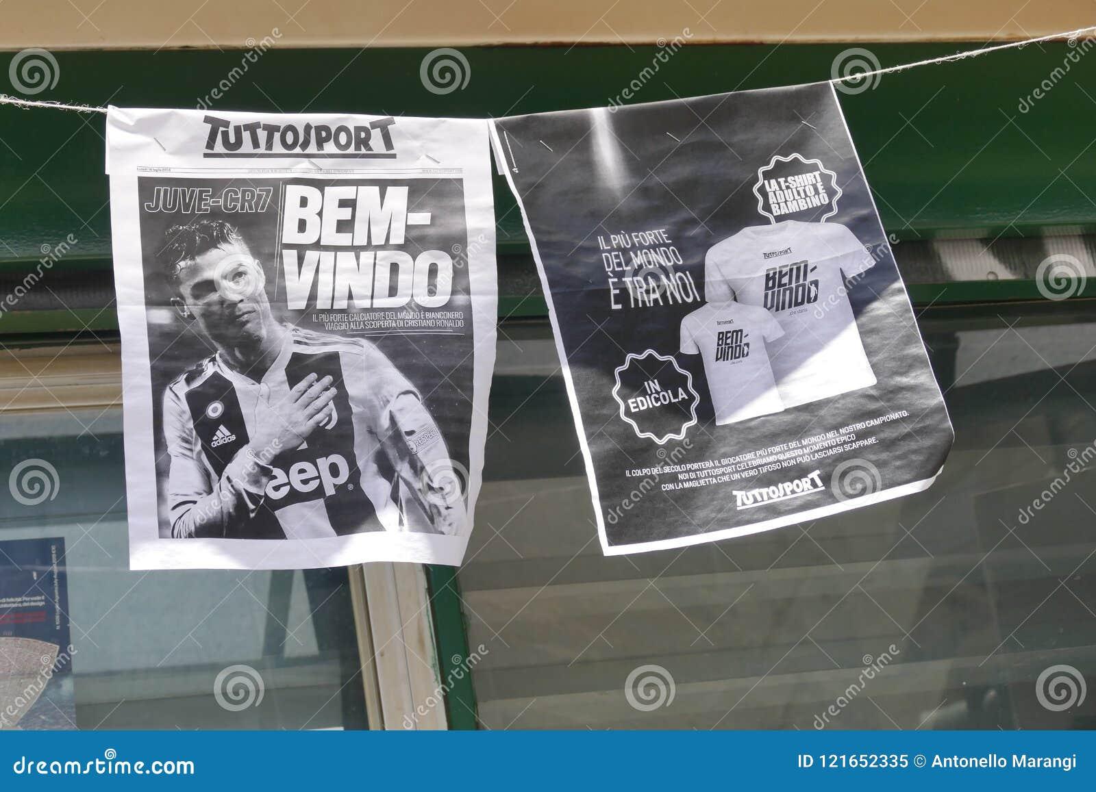 Sostenitori di Juventus FC che ammattisce per il nuovo giocatore di Cristiano Ronaldo per la stagione prossima