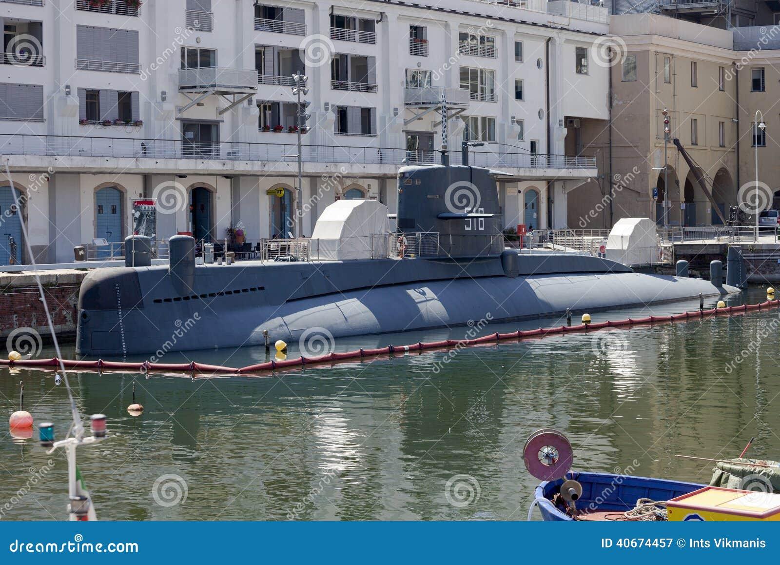 Sottomarino della classe di nazario sauro della marina for Sottomarino italia