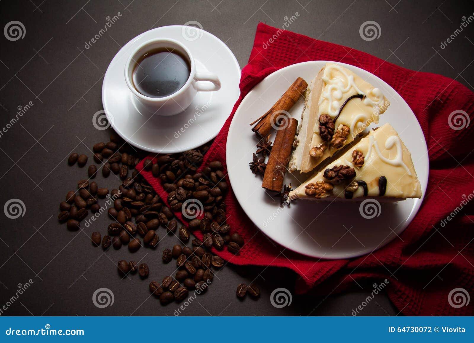 Soufflè e caffè di mattina