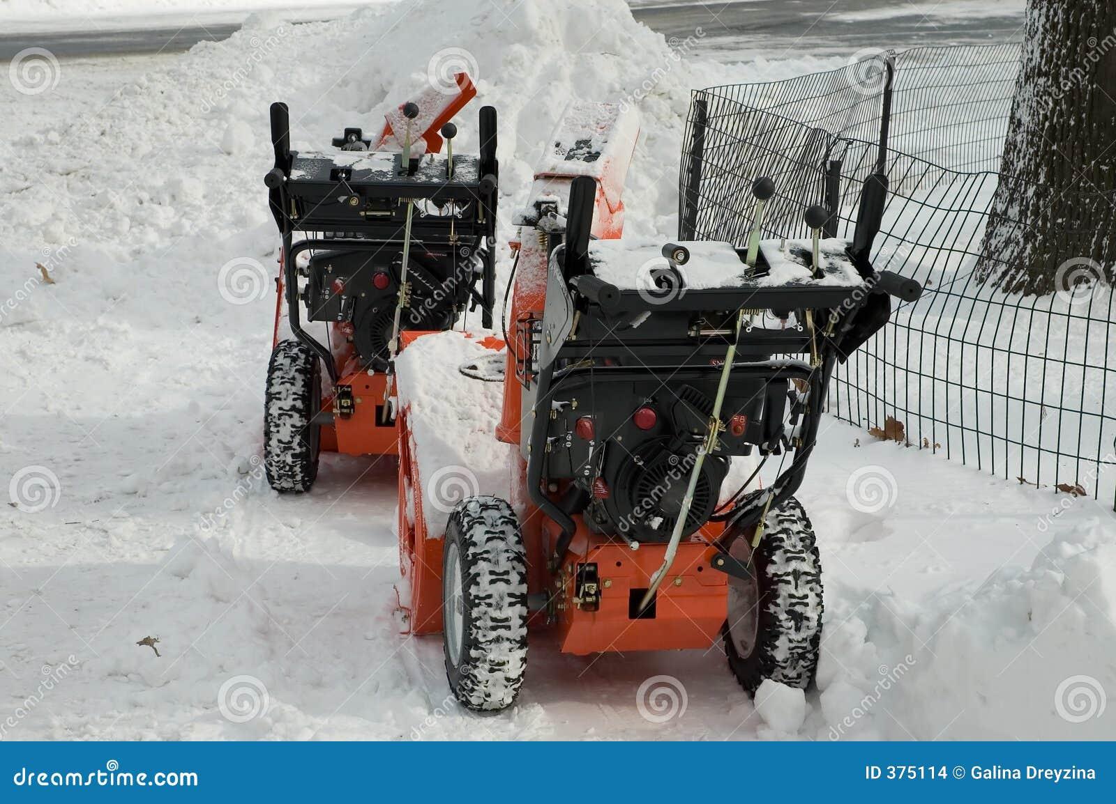 Souffleuses de neige sur une rupture