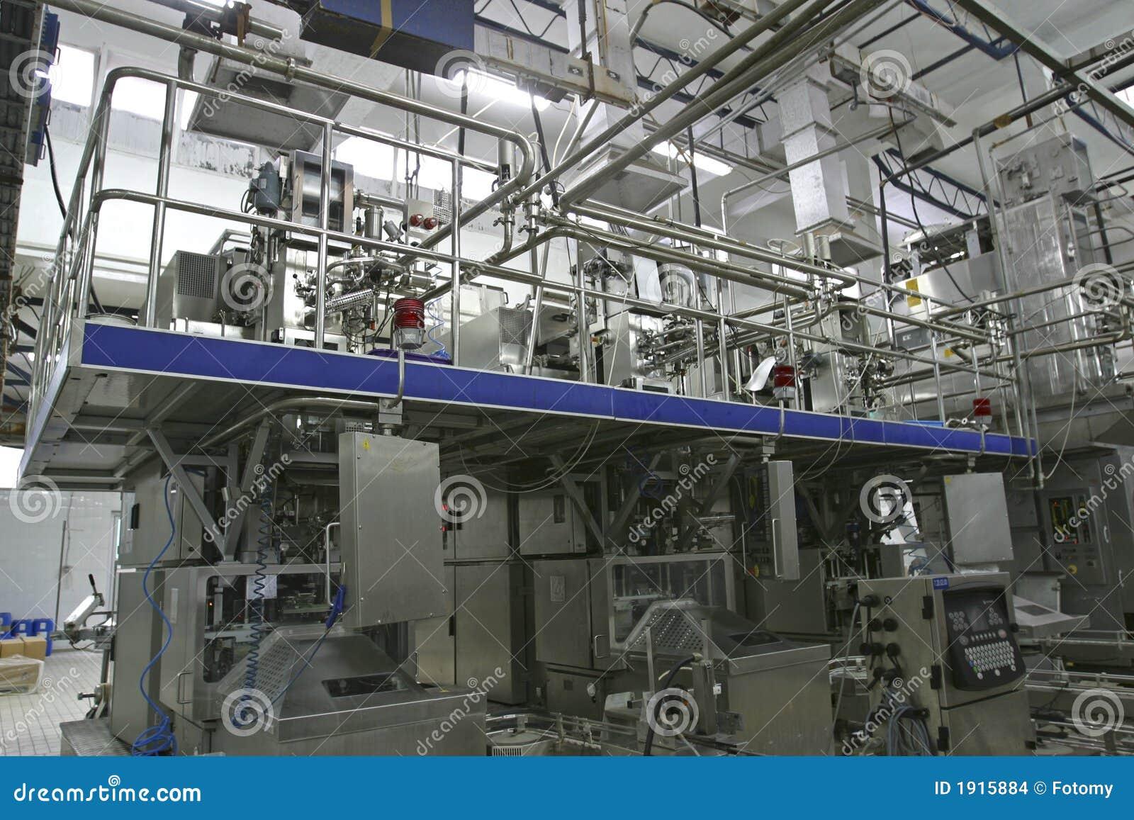 Soupapes et pipes de contrôle de température dans la laiterie moderne