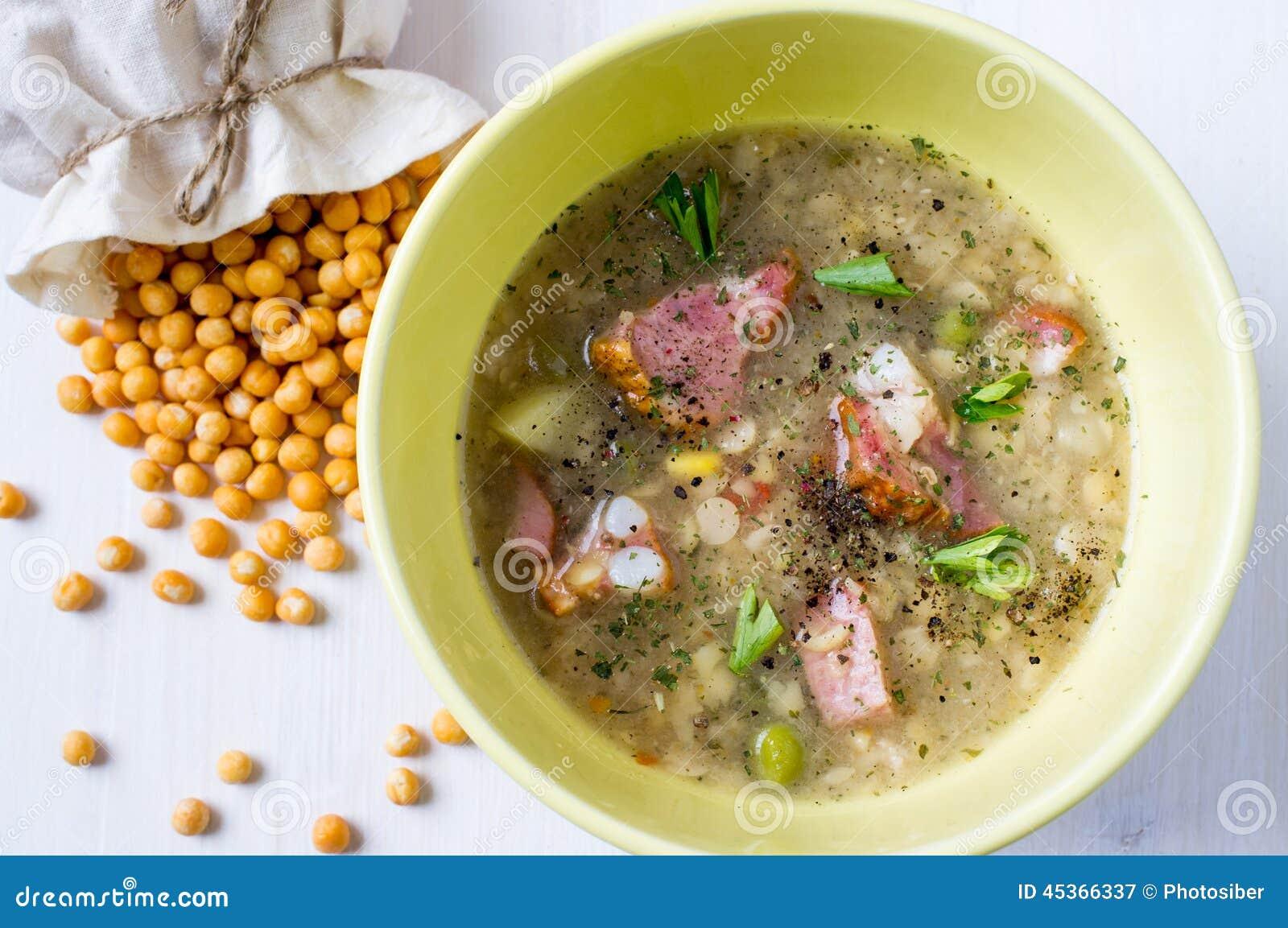 Soupe aux pois fendue