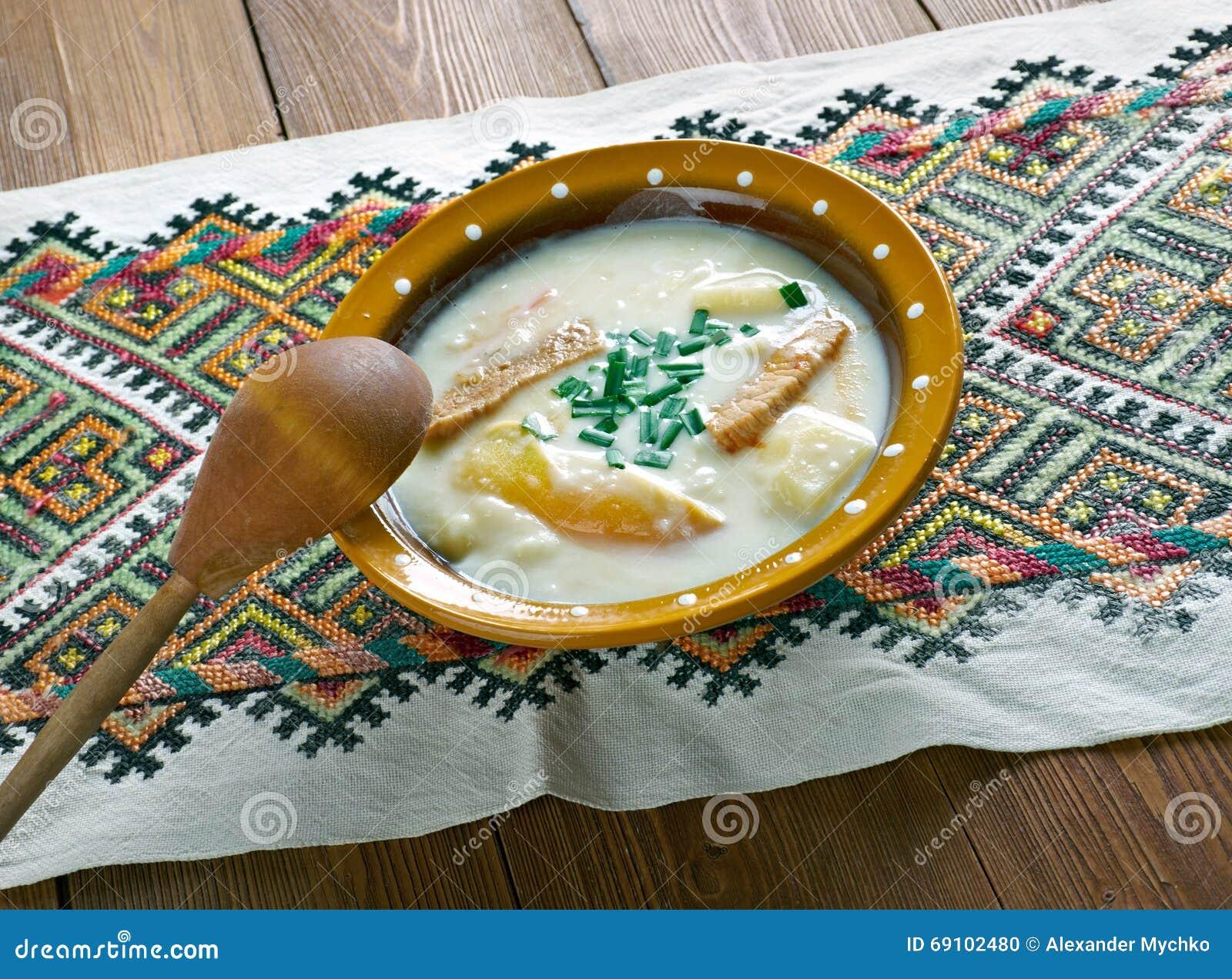 soupe aux pommes de terre de hungarina photo stock image du goulache assiette 69102480. Black Bedroom Furniture Sets. Home Design Ideas