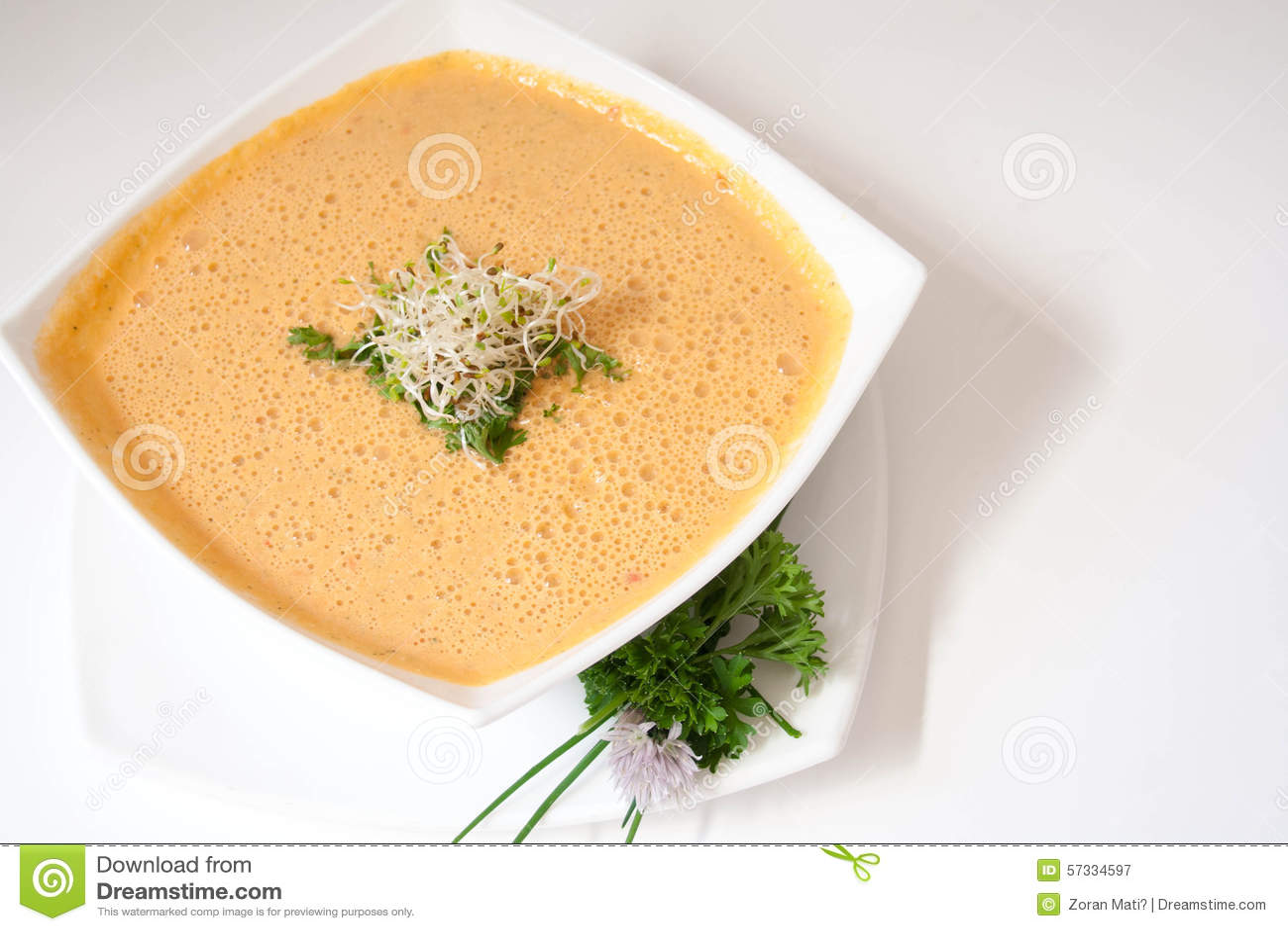 Soupe végétarienne à carotte