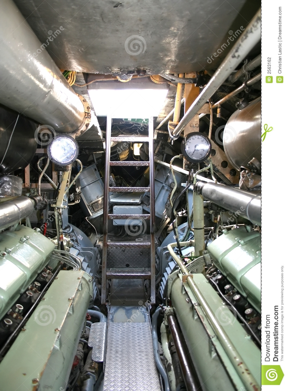 Sous marin allemand int rieur photo stock image du for Interieur sous marin