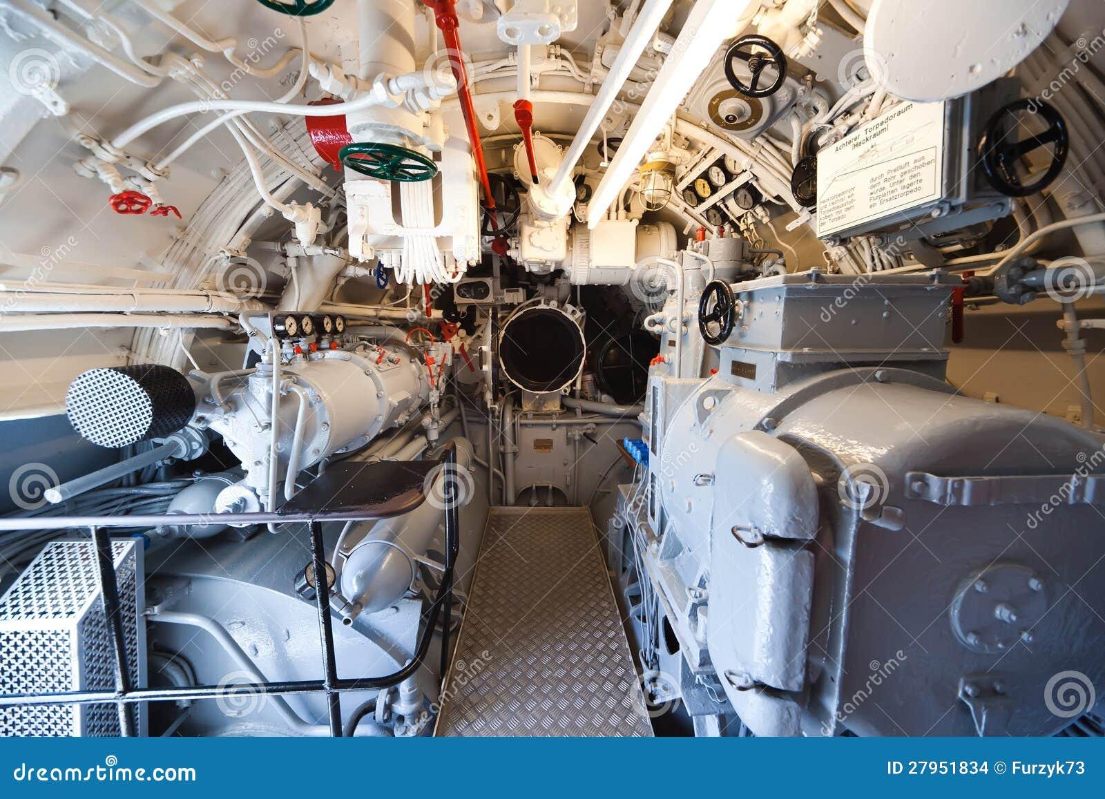 Sous marin allemand pi ce arri re de torpille for Interieur u boat