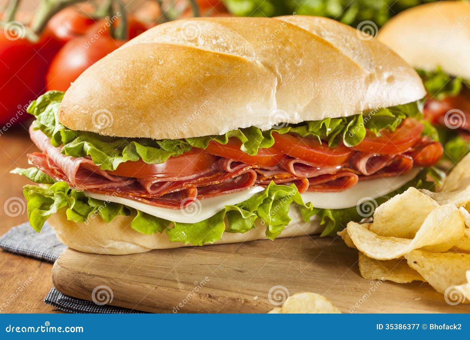 Sous sandwich italien fait maison image stock image du fromage froid 35386377 - Idee de sandwich froid ...