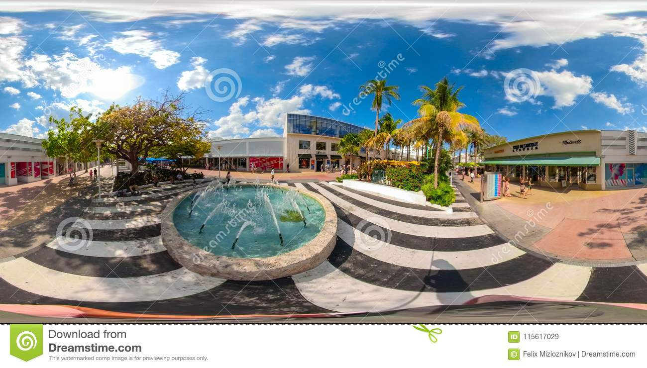 South Beach Miami Lincoln Road Shopping Promenade With