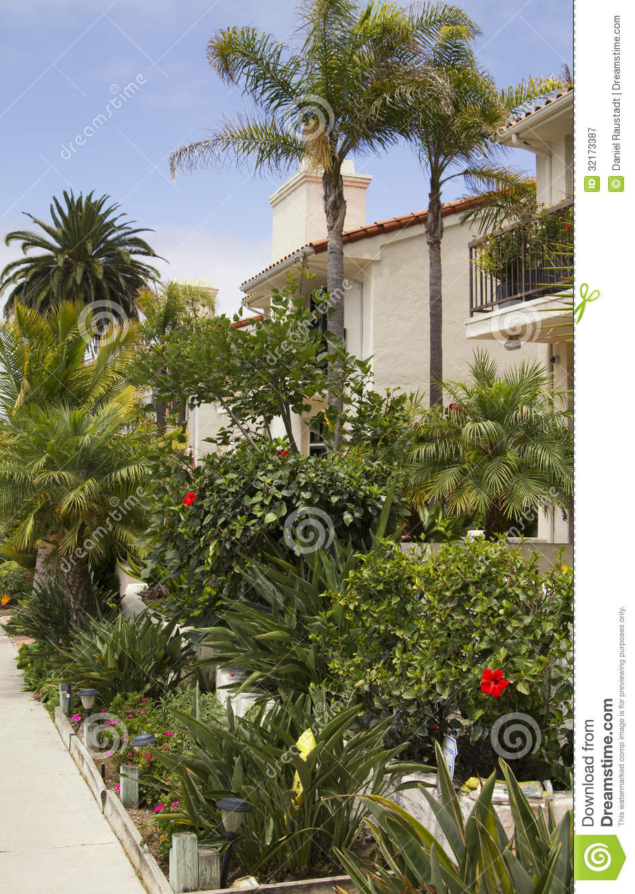 Southern california ocean beach houses royalty free stock for Luxury houses in california
