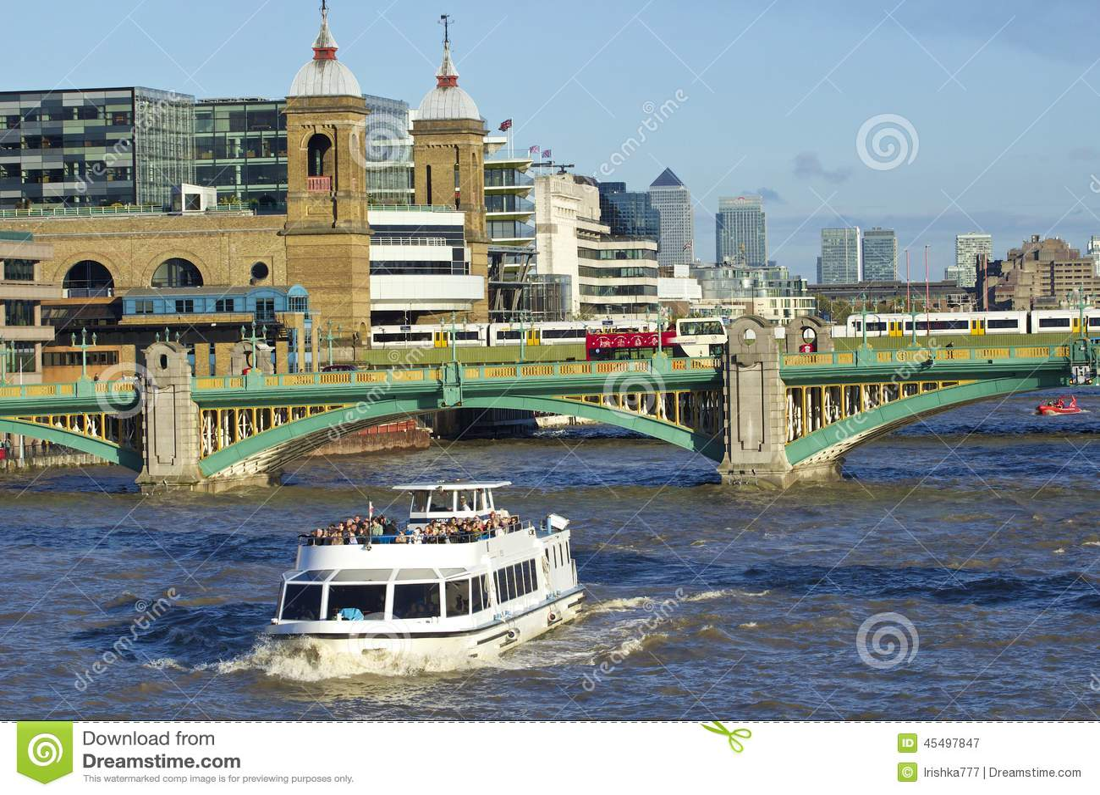Southwark桥梁,伦敦