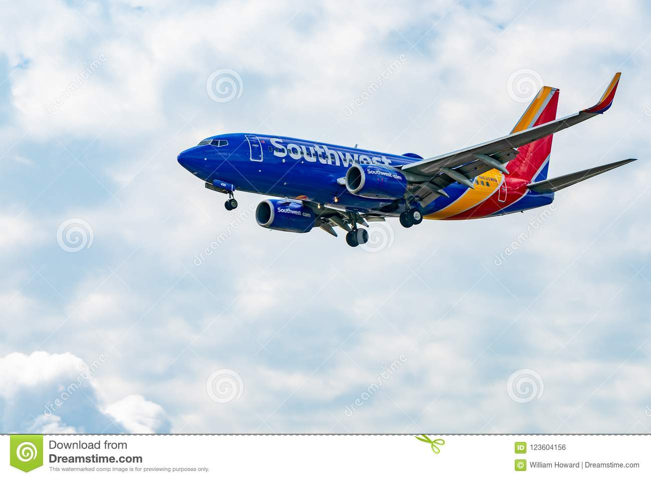 Southwest Airlines Boeing 737 Takes Off Editorial Photo - Image of
