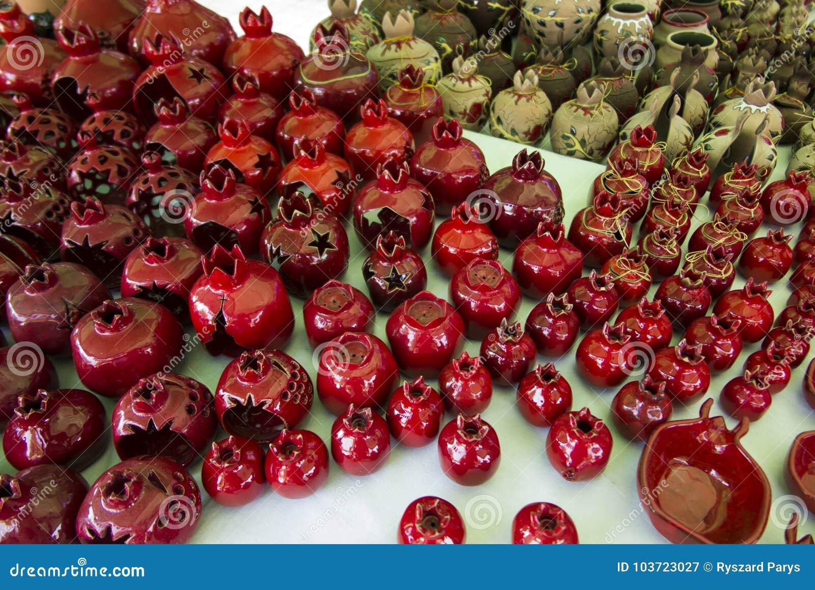 Souvenir från Armenien med granatäpplemotiv