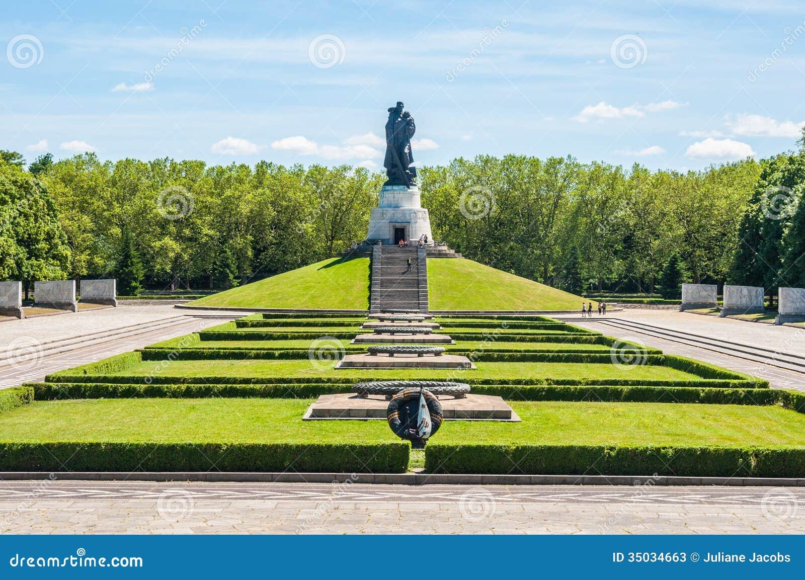 soviet war memorial stock image image of treptow landmark 35034663. Black Bedroom Furniture Sets. Home Design Ideas