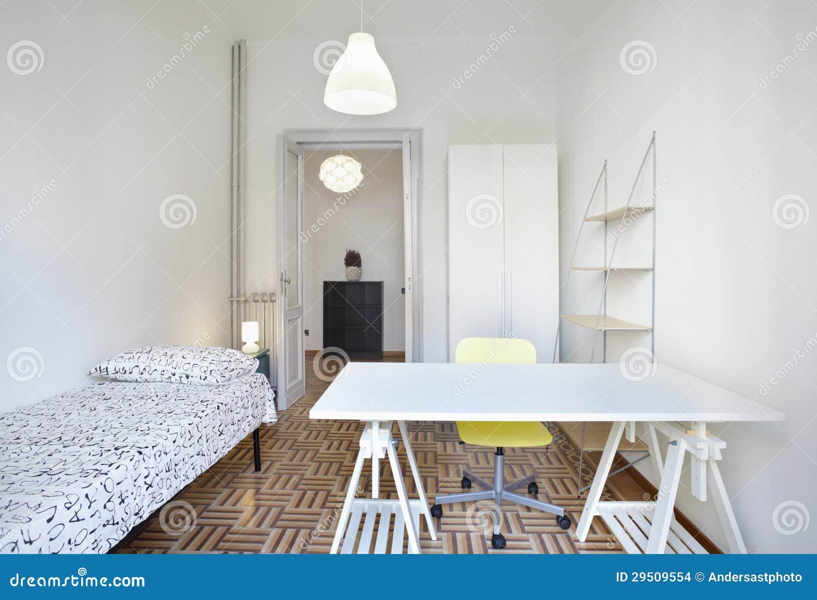 Sovrum i liten lägenhet arkivbilder   bild: 29509554