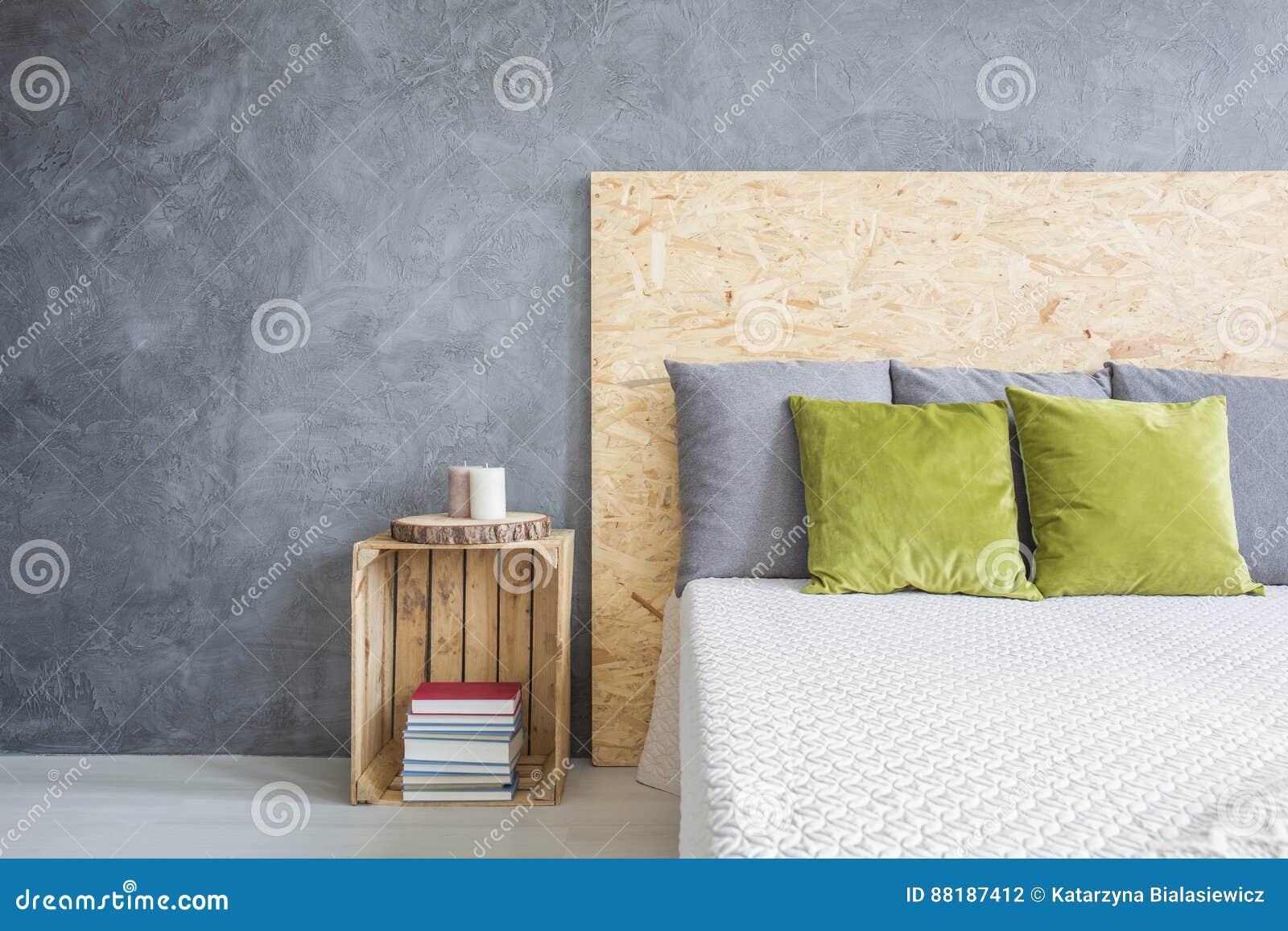 Sovrum med dekorativt väggfullföljande