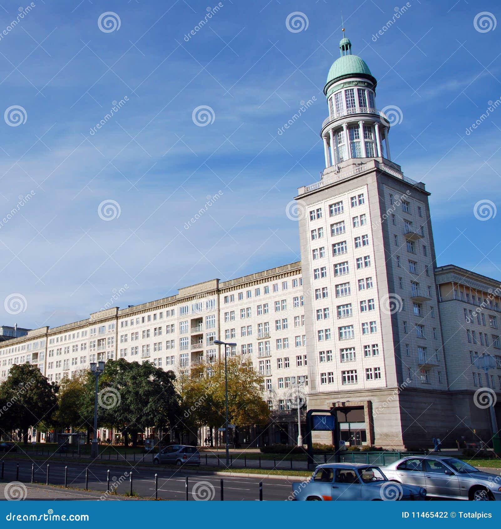 sozialistische architektur in berlin stockfotografie bild 11465422. Black Bedroom Furniture Sets. Home Design Ideas