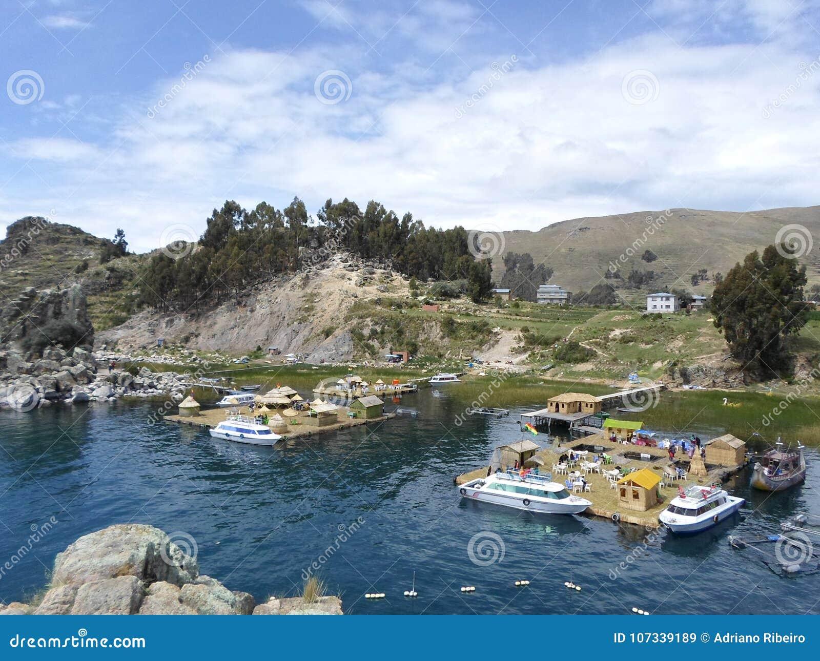 Spławowe wyspy Jeziorny Titicaca, Boliwia