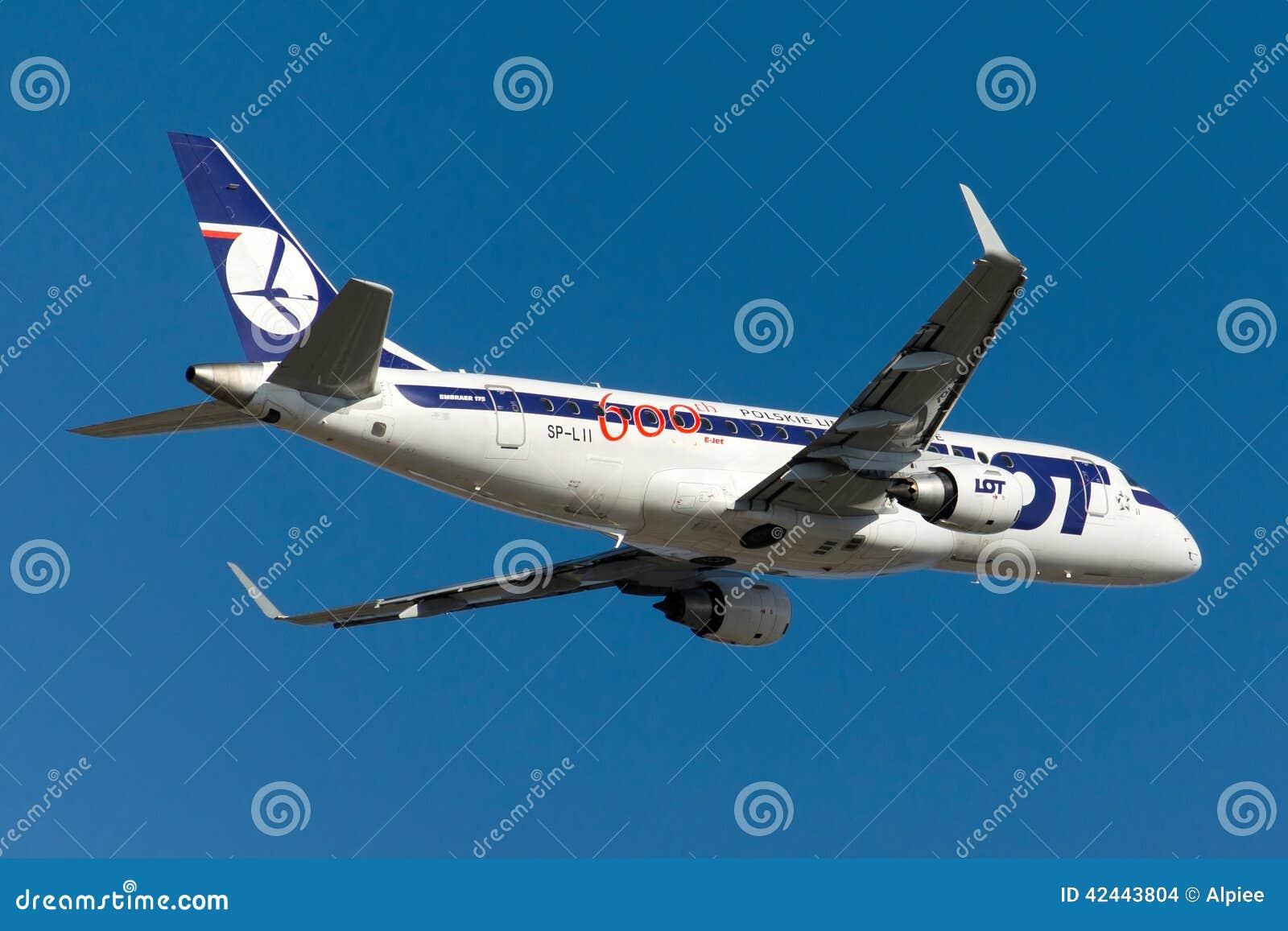 SP-LII LOT Polish Airlines Embraer 170-200LR